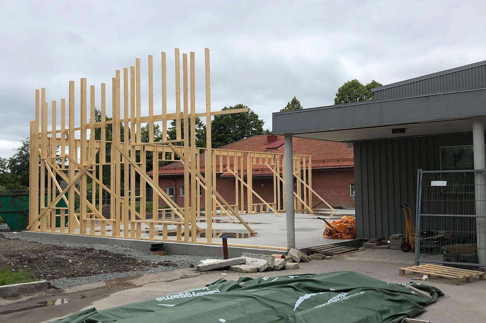 Tillbyggnaden av matsalen börjar ta form