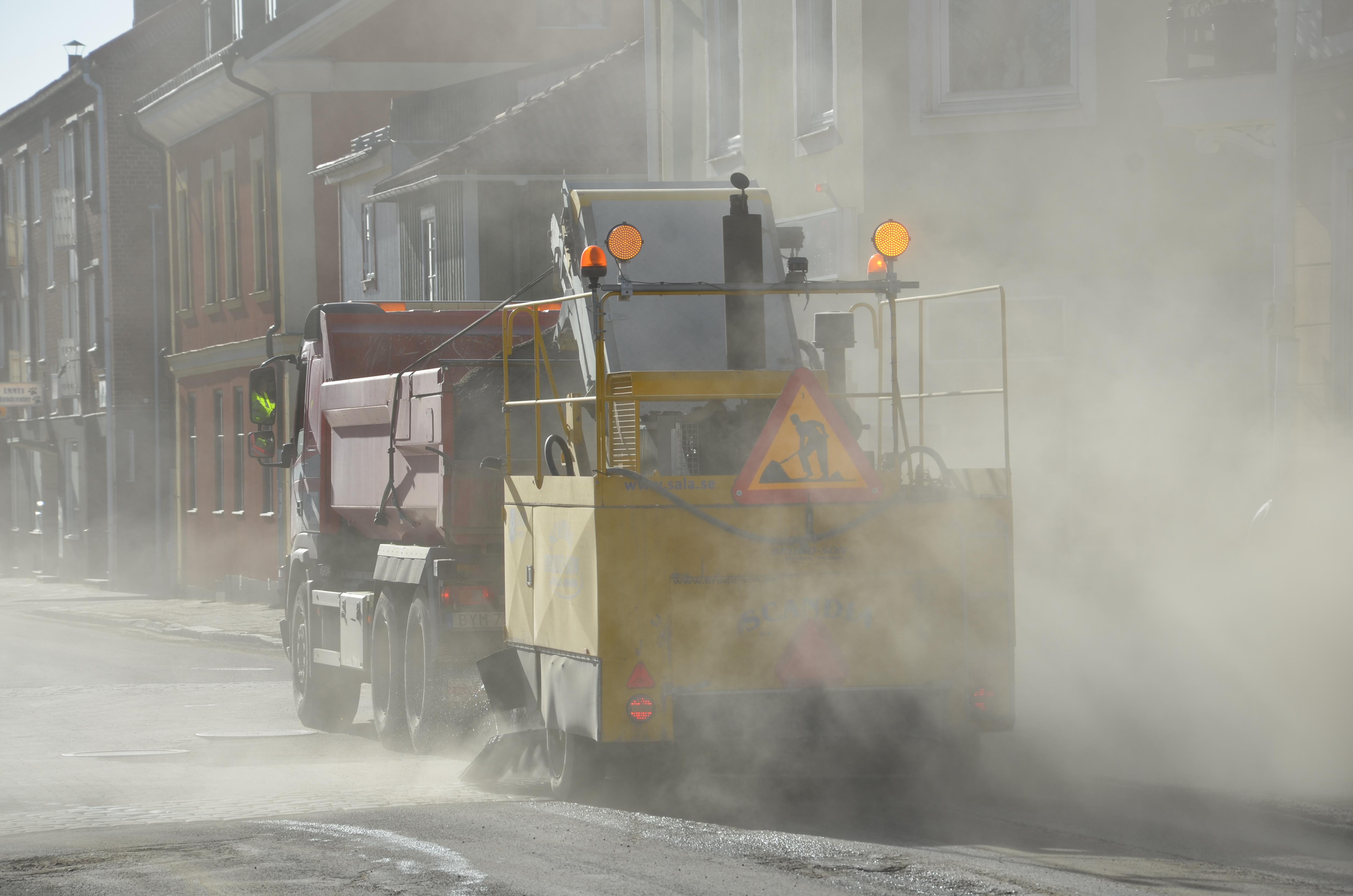 Sala kommun återanvänder sand som sopas upp